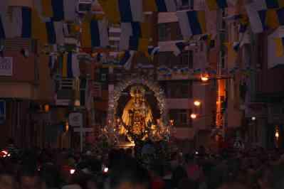 Calle Faro. Procesión del Centenario de la Virgen del Carmen
