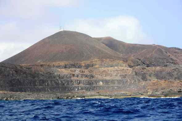 Cantera del Roque Ceniciento y Montaña del Faro