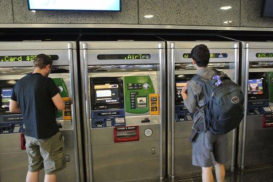 Punto de venta de Tarjetas del Metro