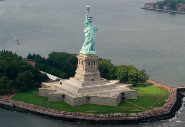 estatua-de-la-libertad-615x422