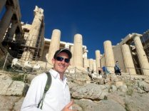 Arriving at the Akropolis hill