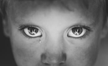 Child suffering from PTSD
