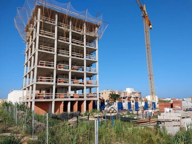 Residencial Xaloc (playa de Oliva), estado actual de obras