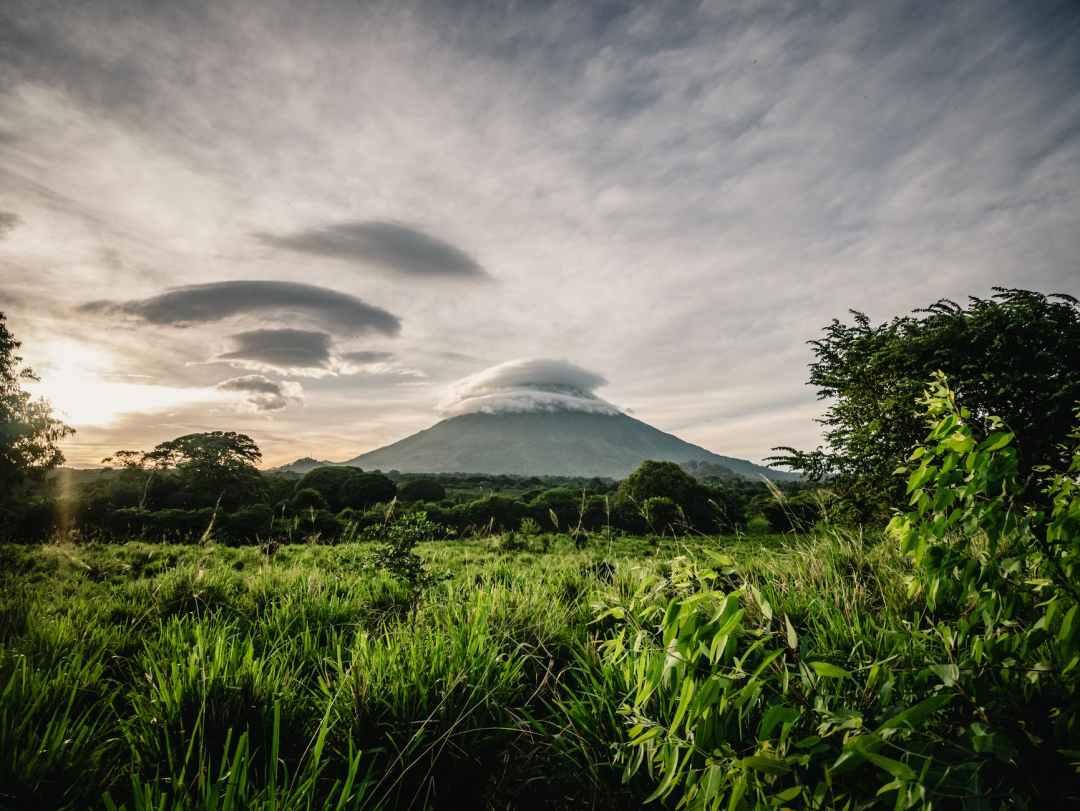 photo of mountain during dawn