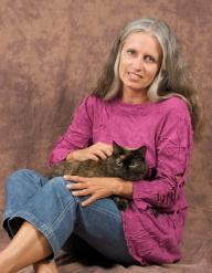 Ingrid_King_The_Conscious_Cat