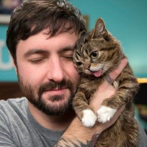 Lil_Bub_and_her_Dude