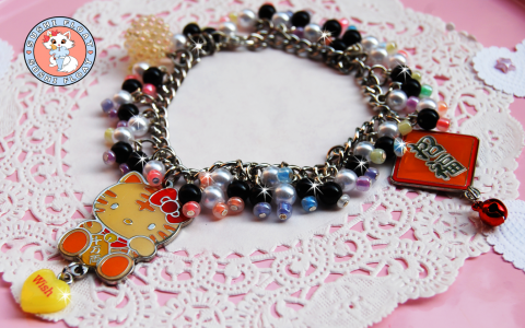 hello-kitty-bracelet