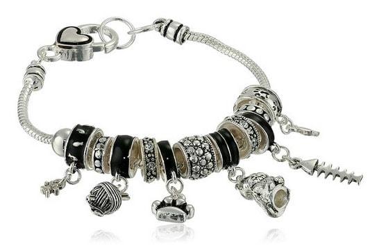 cat-charm-bracelet