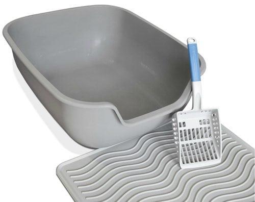 PetFusion-litter-box-mat-scoop