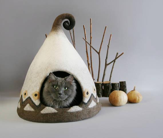 fairy-cat-house-tan