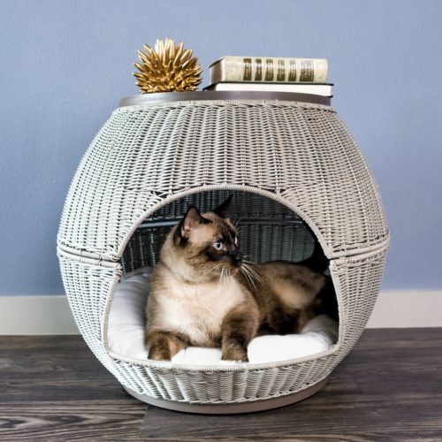 wicker-end-table-cat-bed