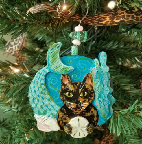 tortie-cat-ornament