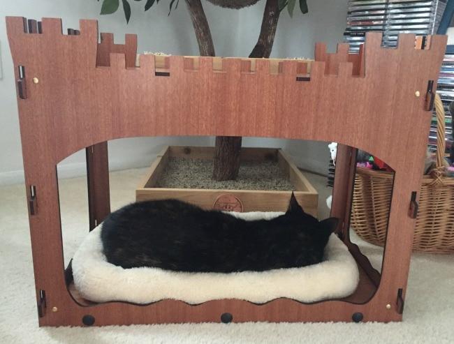 castle-pet-bed
