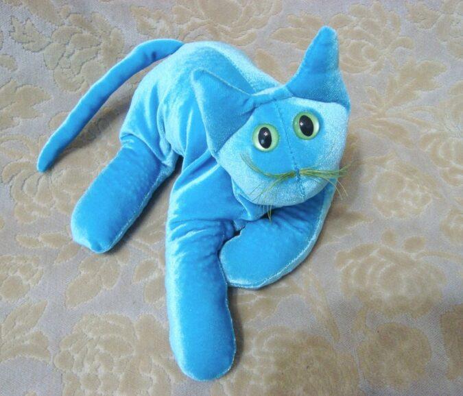 blue-velvet-cat