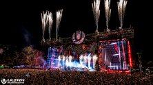 main-stage-photo-by-pikzelz