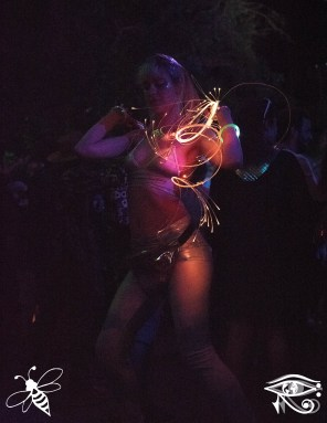 dancer-lib-photo-bridgette-mitchell-conscious-electronic-bee-the-light-media