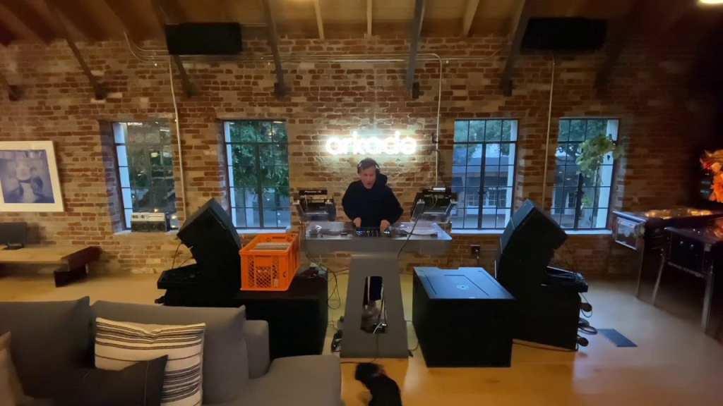 Kaskade DJ livestream at Arkade Studios LA