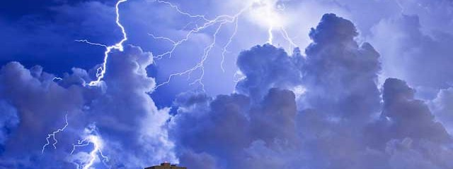 Solar Wind 'Triggers Lightning On Earth'