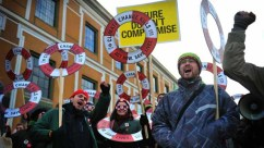 Climate activists at a rally in Copenhagen. (Photo: AinhoaGoma/Oxfam International)