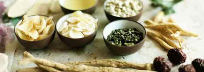 6 Herbal Medicines You Can Make For Common Ailments
