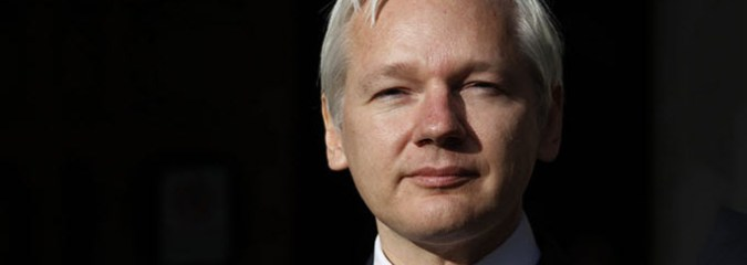 Ron Paul: Assange Under Siege. Where is Justice? (PLUS Assange Addresses Accusations!) [2 VIDEOS]
