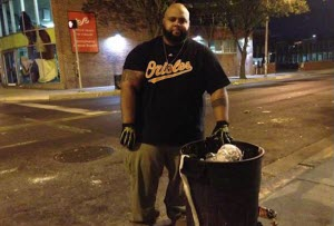 Baltimore man cleaning streets after riots
