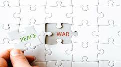 Peace&WarPuzzle-40128535_m-680x380