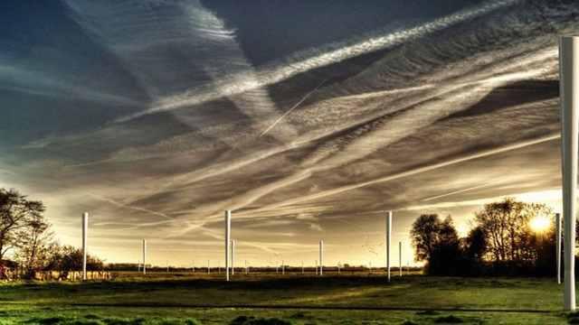 A mock-up of Vortex bladeless turbines in a field. (Photo: Vortex Bladeless)