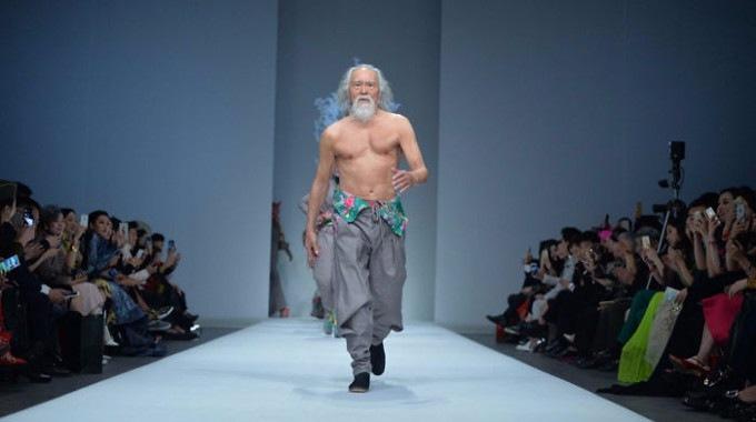 80-year-old-model-grandpa-compressed