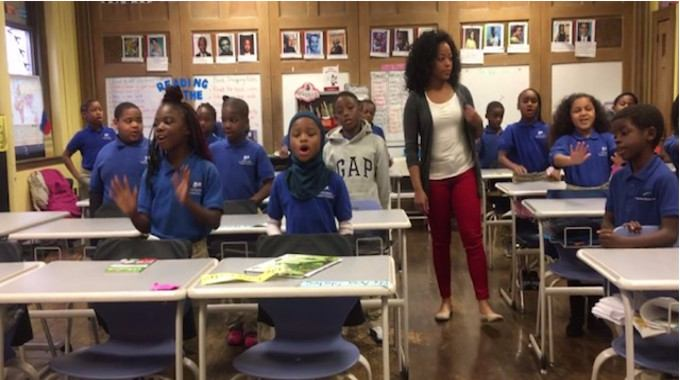 jasmyn-wright-and-students-compressed