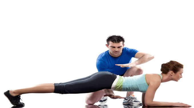 aerobic-trainer-positioning-woma
