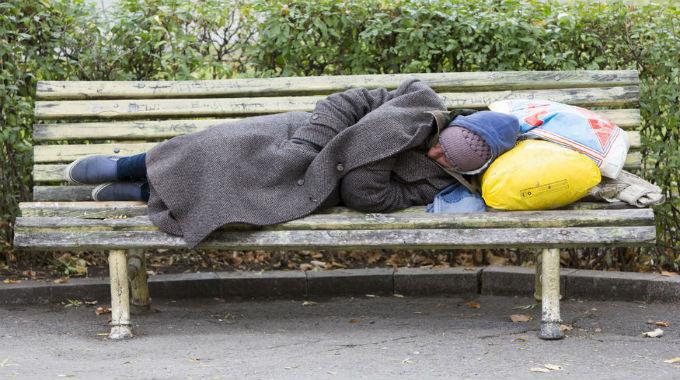 homelessperson-680x380