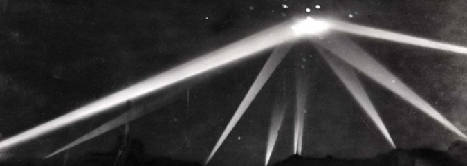REAL Image of Large UFO Hovering Over Los Angeles Was Witness by a Million People