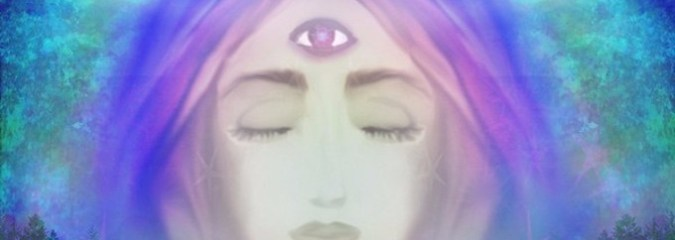 4 Ways to Tap Into Your Third Eye (the Center of Your Intuition and Psychic Abilities)