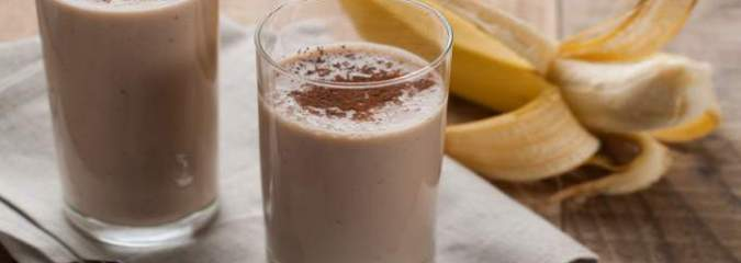 How To Make a Chocolate Banana Nut Smoothie (Video)
