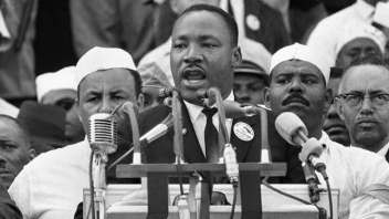 "MUST SEE: Martin Luther King, Jr. – ""I Have A Dream"" (full speech and transcript)"