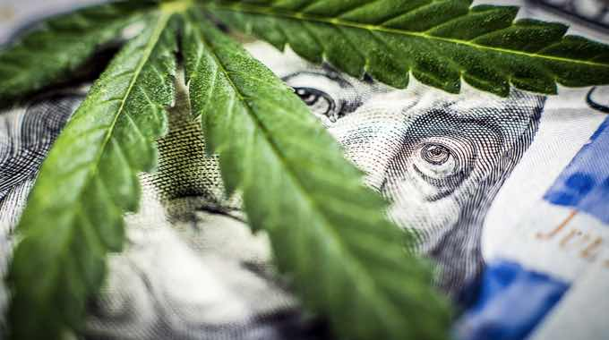 Big Pharma Could Lose $18 BILLION If Marijuana Legalized Across The US