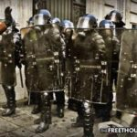 Game Changer: French Police to Join Yellow Vests After Finding Out Gov't is Ripping Them Off Too