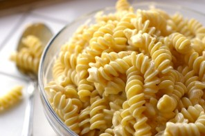 WATCH: Vegan GF Mac + Cheezy Fusilli