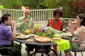 Watch: Hostess with the Mostest – Outdoor Entertaining