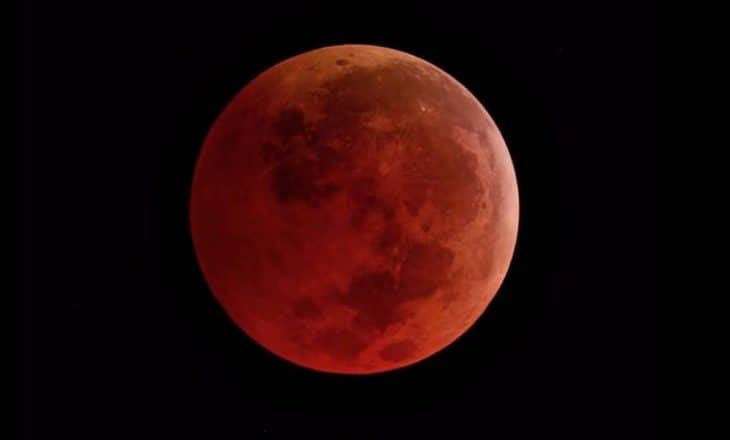 SUPERLUNA AZUL DE SANGRE CON ECLIPSE TOTAL