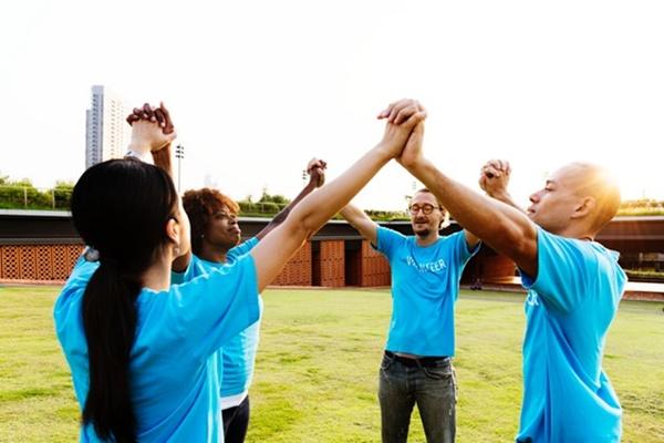 Como Ser Um Jovem Segundo o Coração de Deus - Jovens de Mãos dadas - Conselheiro Cristão