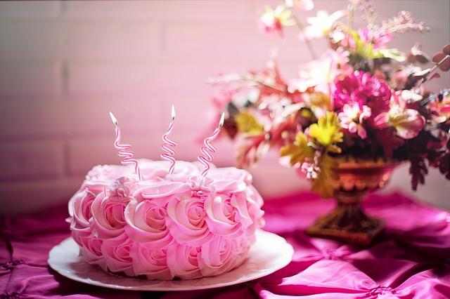 Desejo que o seu aniversário - Feliz aniversário