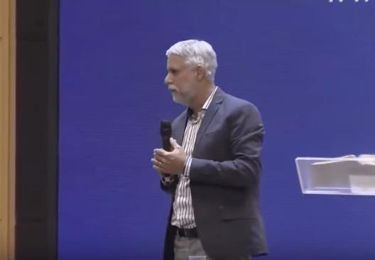 A Covardia de muitos homens - imagem pastor Claudio Duarte