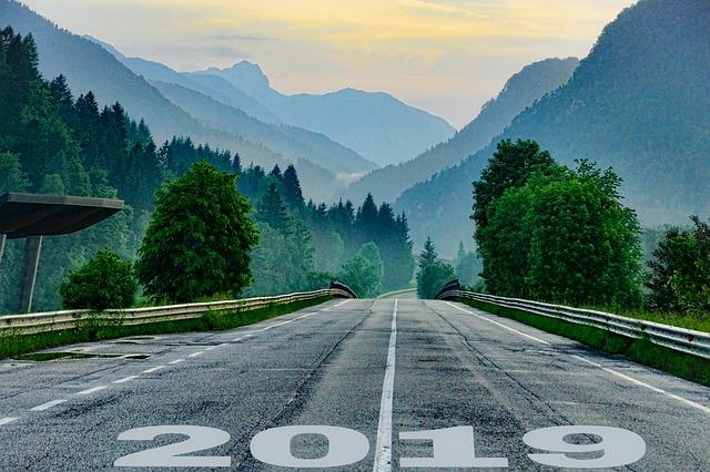 Por que muitas pessoas não mudam? Imagem de estrada 2019