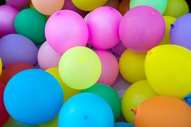 Feliz aniversário para todos que estão fazendo aniversário no mês de dezembro