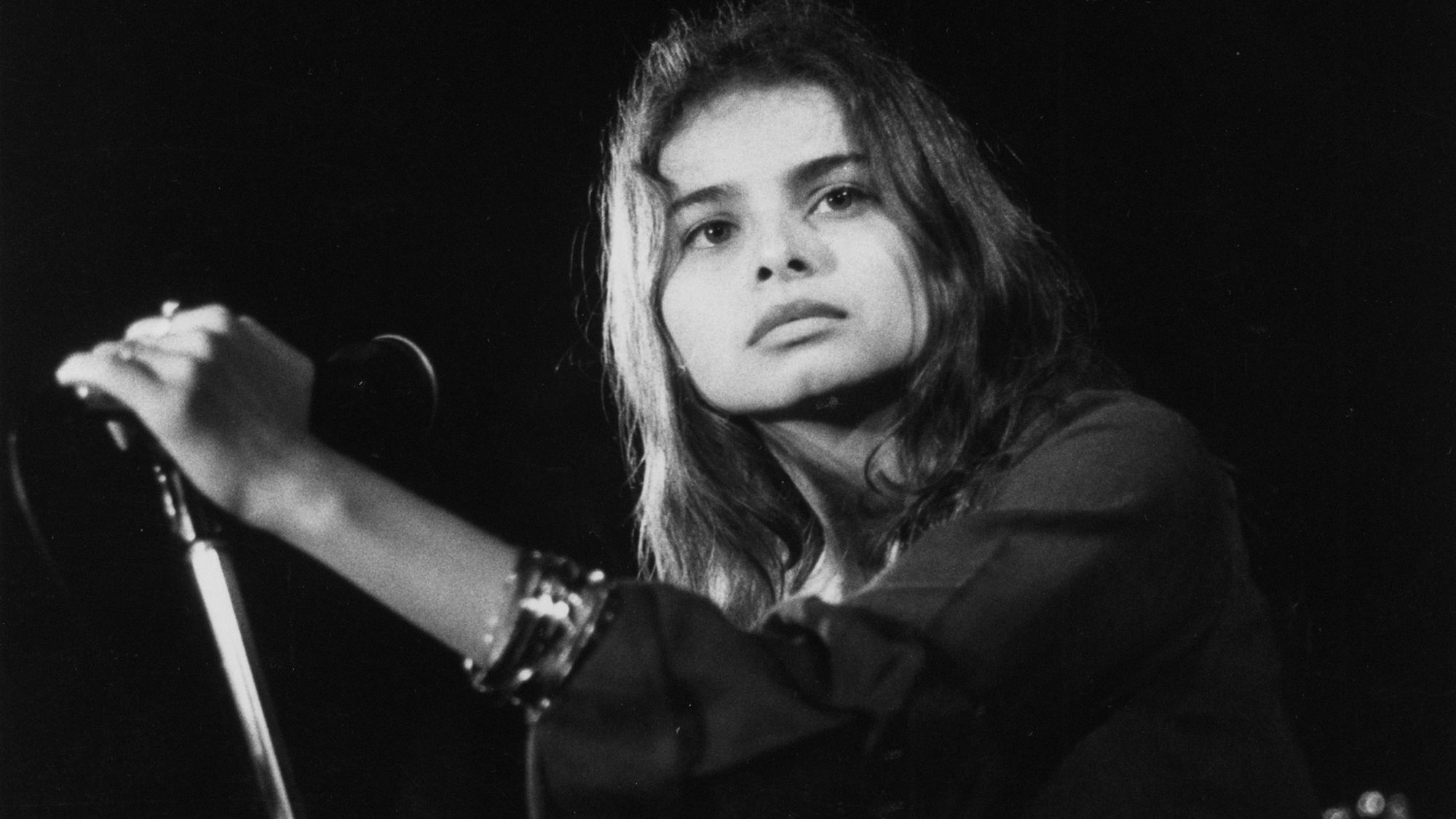 Mazzy Star Premiere Still Ep Featuring Their First New