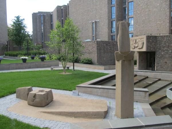 Yale University College