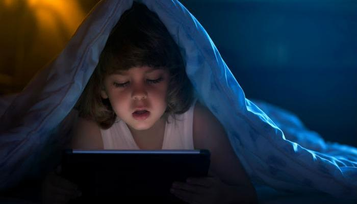 tablet use before bed consider the consumer