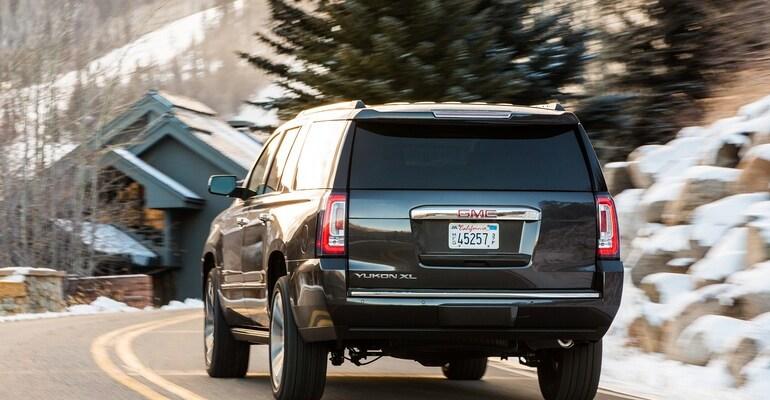 GM Yukon Tail Light Class Action Lawsuit 2021 - General Motors Selling Defective Tail Lights In Yukon SUVs